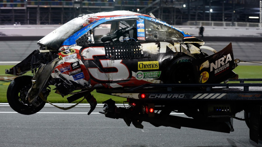Crash at NASCAR Daytona - CNN