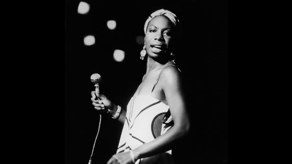 Simone performs live on October 18, 1964.