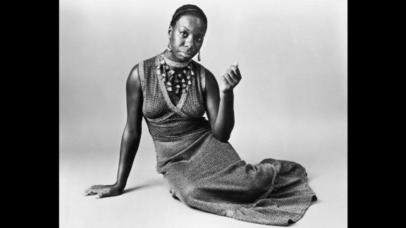 Simone poses for a studio portrait circa 1968.