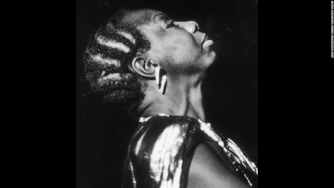 Simone performs at the Globe Jazz festival at Symphony Hall in Boston on March 20, 1986.