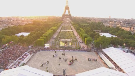 Eiffel Tower hosts equestrian elite