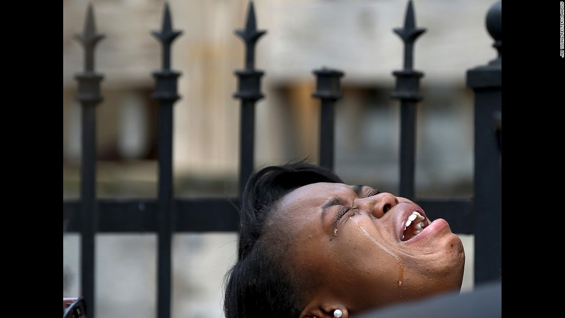 "A woman in Chicago cries over the shooting death of her 7-year-old cousin, Amari Brown, on Sunday, July 5. Even with 30% more police on Chicago's streets,<a href=""http://www.cnn.com/2015/07/06/us/chicago-violent-weekend/"" target=""_blank""> seven people were killed</a> between Friday morning and Sunday afternoon, Police Superintendent Garry McCarthy said."