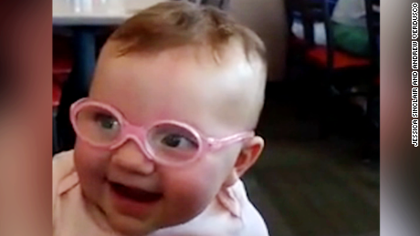 toddler gets glasses moos pkg ebof_00014000