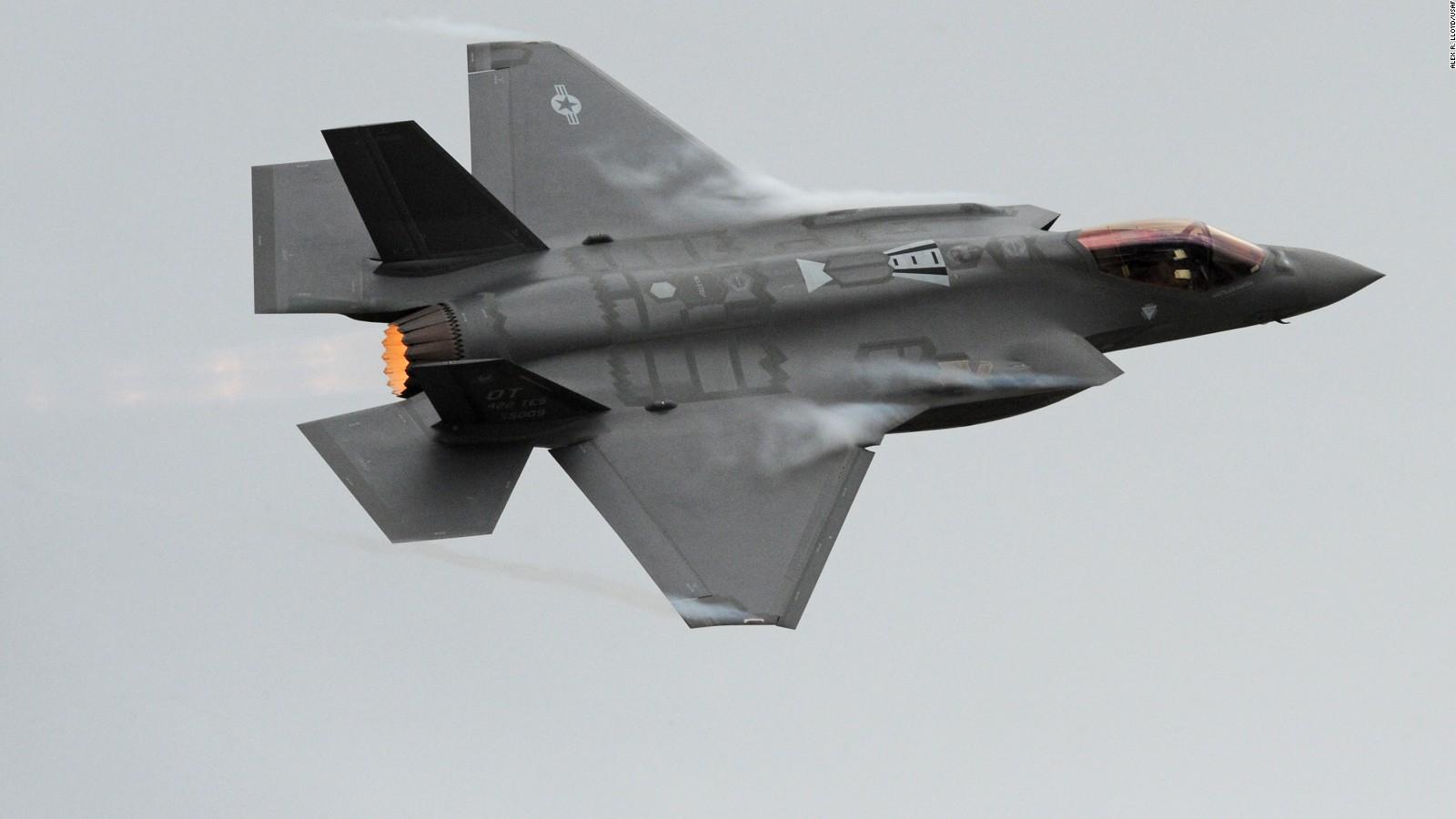 约翰麦凯恩:F-35是'丑闻和悲剧'