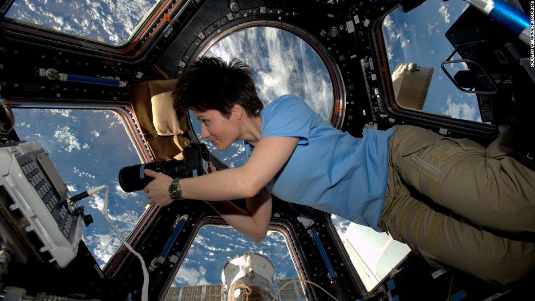 European Space Agency (ESA) astronaut Samantha Cristoforetti holds the record for the longest single spaceflight for a woman, at 199 days.