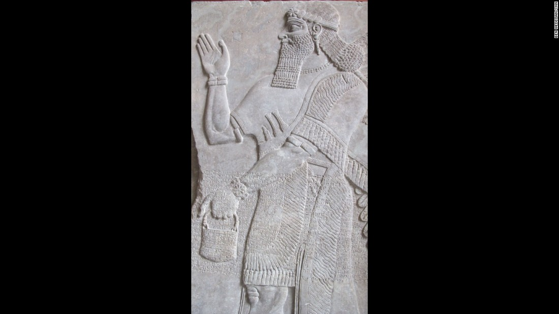 A highly detailed relief from Babylon, Iraq, is on display at the Pergamon Museum in Berlin. The museum houses a large collection of reconstructions from modern-day Iraq and Syria. Pergamon claims the most visitors among German museums.