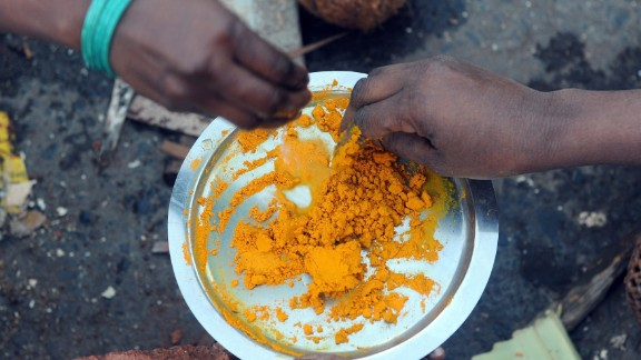 Used medicinally, nutrition experts recommends turmeric to help treat inflammatory conditions.