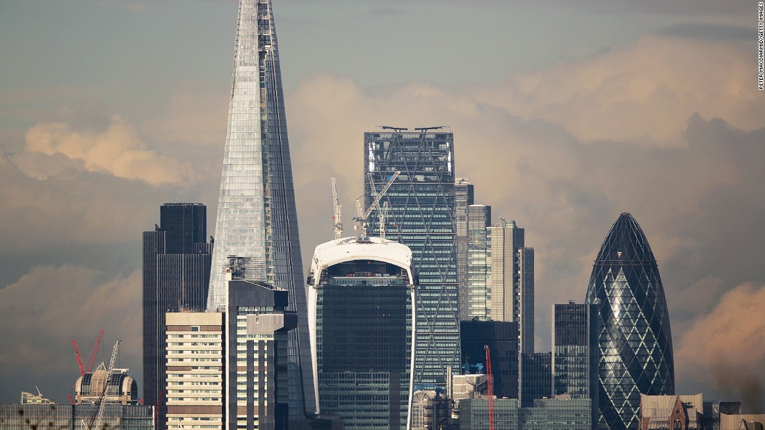 "London is currently Europe's tech hub. It produces the most start-ups in the European Union, and, say experts, is one of the easiest places to start a business in the world.<br /><br />""A company can be registered online within five minutes and VAT (tax) registration takes another 10 minutes,"" says <a href=""https://twitter.com/rahulahuja"" target=""_blank"">Rahul Ahuja</a>, CEO of <a href=""https://taskhub.co.uk/"" target=""_blank"">Taskhub</a>. He adds that the city's commitment to the sharing economy also helps bring costs down.<br /><br />""Renting traditional offices can be expensive, but with the prevalence of shared work spaces and tech incubators, it's not hard to find a reasonably priced office."""