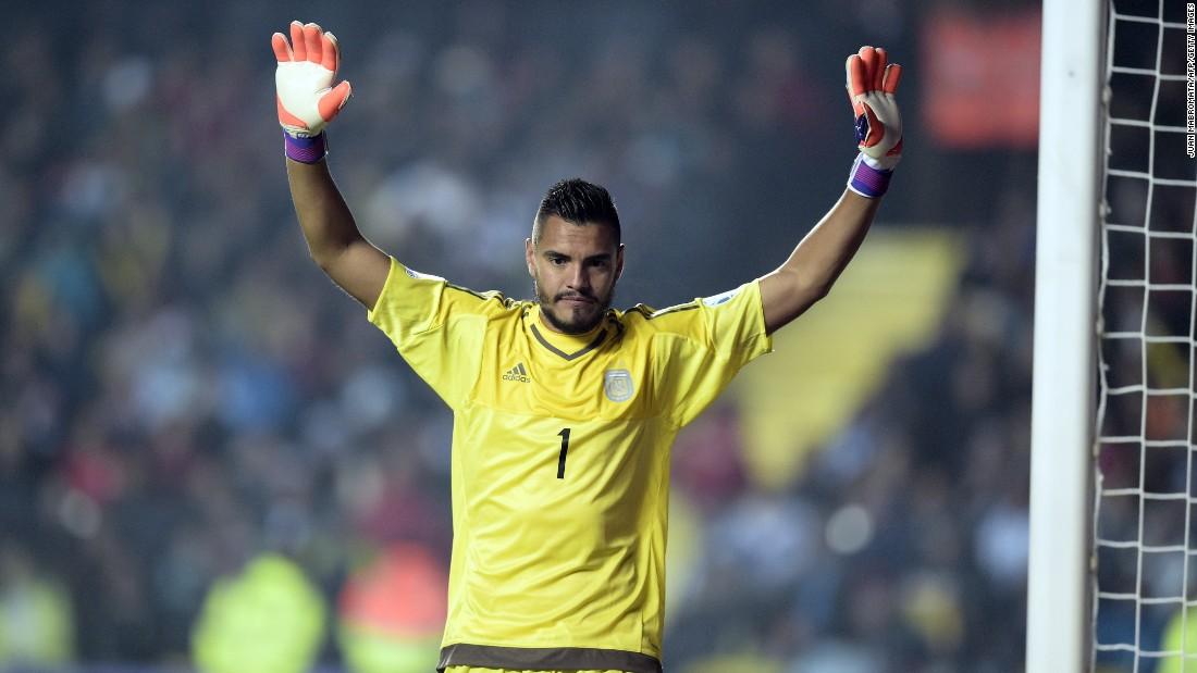 Sergio Romero has joined Manchester United on a free transfer from Italian team Sampdoria after his contract expired. It is the second time Louis van Gaal has signed the Argentine, previously bringing him to AZ Alkmaar when he was manager in 2007.