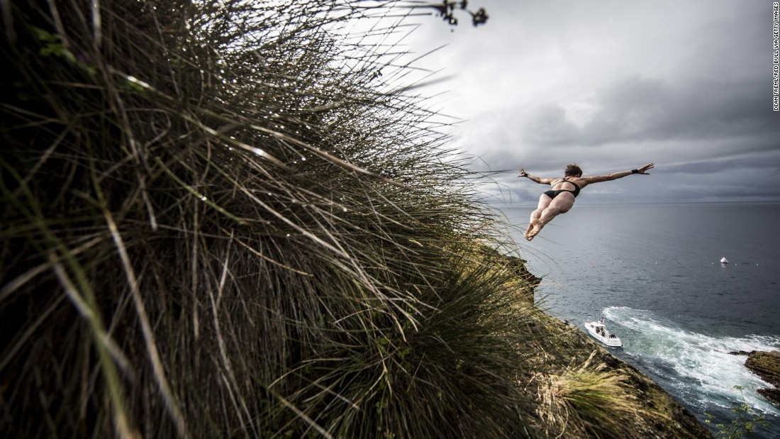 Ginger Huber of the USA plunges into the Atlantic Ocean, Vila Franca do Campo, on July 17.