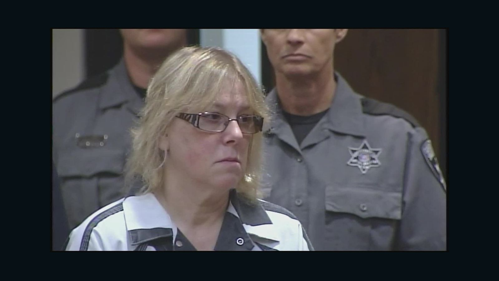 Joyce Mitchell pleads guilty to helping inmates escape - CNN