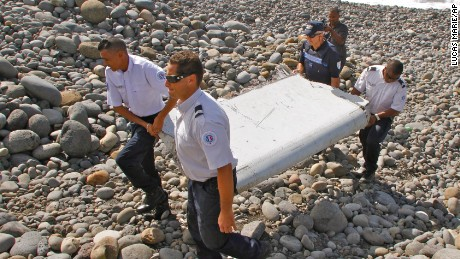 MH370 debris discovered on Reunion Island