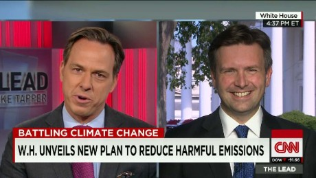 W.H Unveils new plan to reduce harmful emissions _00005829