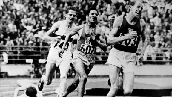 "Emil Zatopek (right) of Czechoslovakia was the ""iron man"" in Finland"