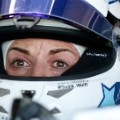 susie wolff profile in car