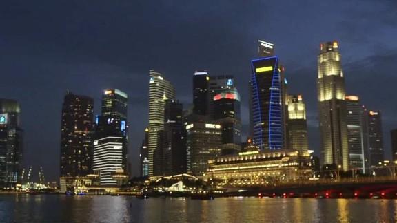 singapore 50 lee spotlight stevens pkg_00012811.jpg