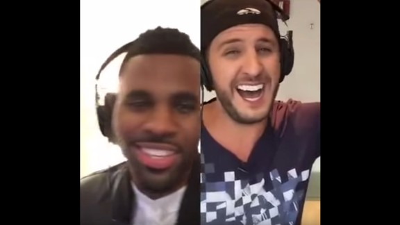 """In August 2015, Jason Derulo and Luke Bryan performed a duet of Derulo's hit """"Want to Want Me"""" using a virtual karaoke app."""