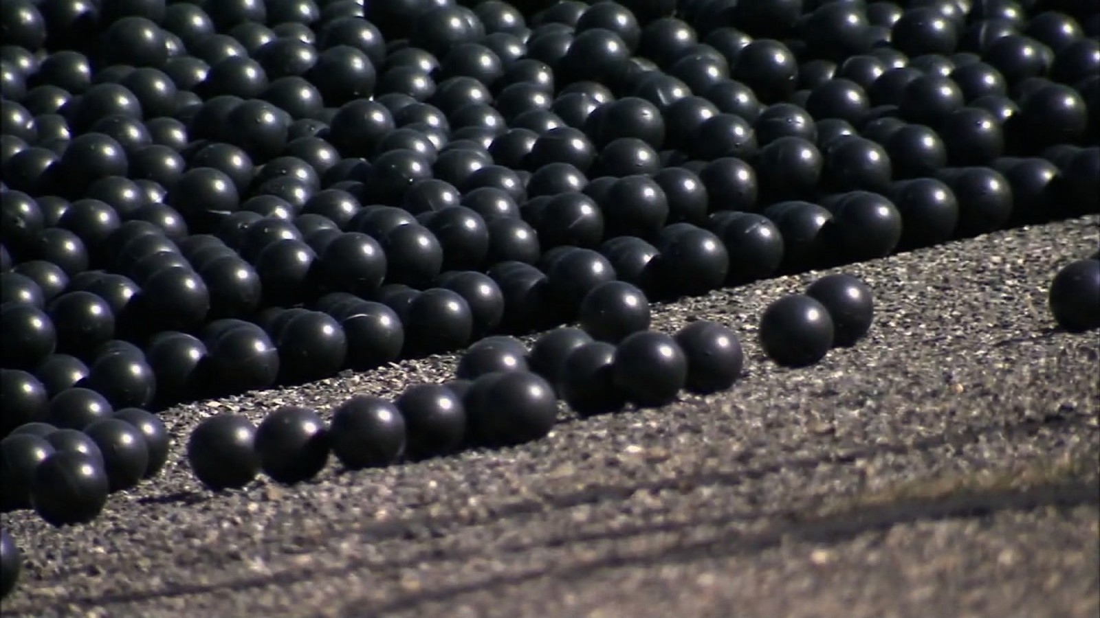 Shade balls used to conserve water in los angeles cnn video
