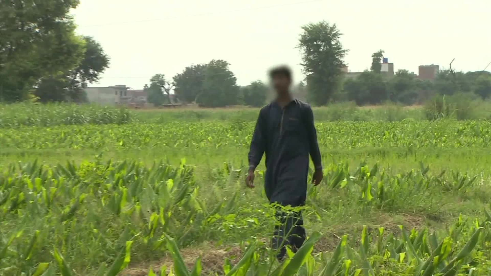 Pakistani hidden cams girls