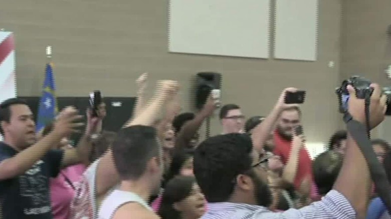 black lives matter protesters at jeb bush event sot cnt _00002320