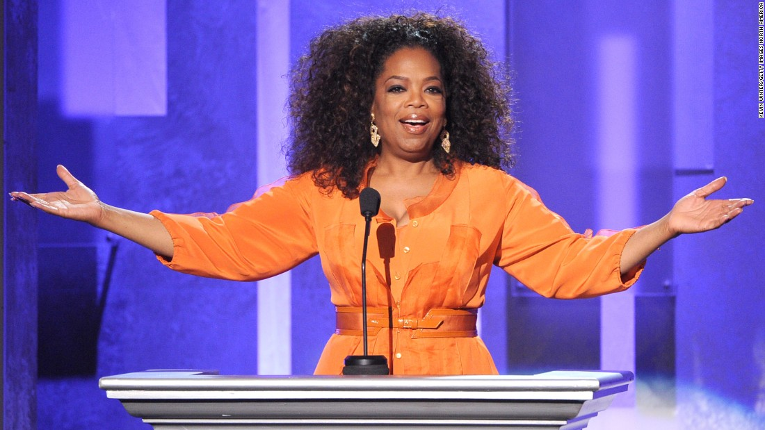 Oprah Winfrey is wildly successful television host, entrepreneur ... and left-hander.