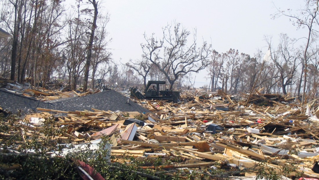 Hurricane katrina long beach mississippi for Mississippi gulf coast home builders