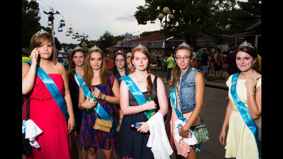 County Fair Queens pose for a picture.
