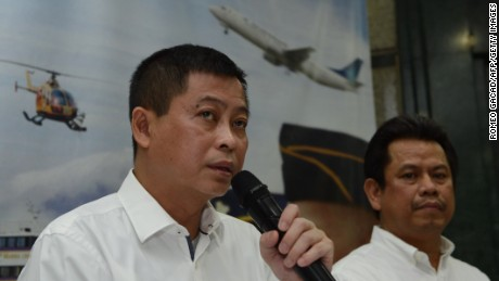 Indonesia's Transport Minister Ignasius Jonan announced yesterday that a missing plane carrying 54 people crashed into a mountain in the eastern province of Papua.