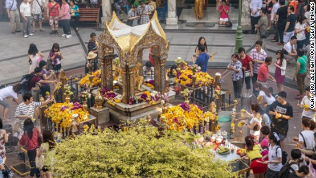 BANGKOK, THAILAND - 2013/05/02: Worshipper at Erawan Shrine. (Photo by Olaf Protze/LightRocket via Getty Images)