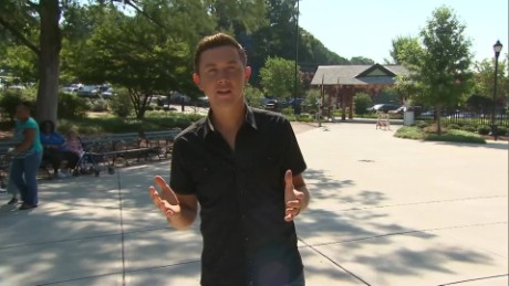 exp Travel Insider Scotty McCreery _00002001