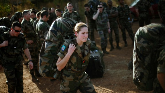 Though women can serve in combat roles in the French military, shown here in Mali in 2013, few of them are actually filling those jobs.