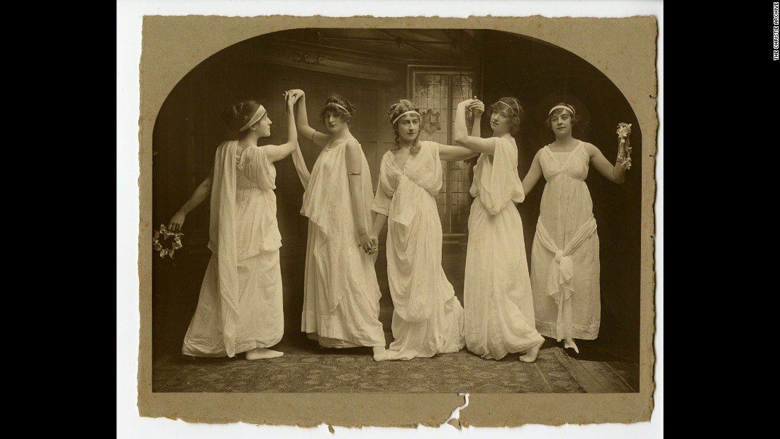 She was educated at the family's home by her mother, Clara, who encouraged her to read voraciously. She is seen here (in the center) at a dance class in Torquay in about 1904.