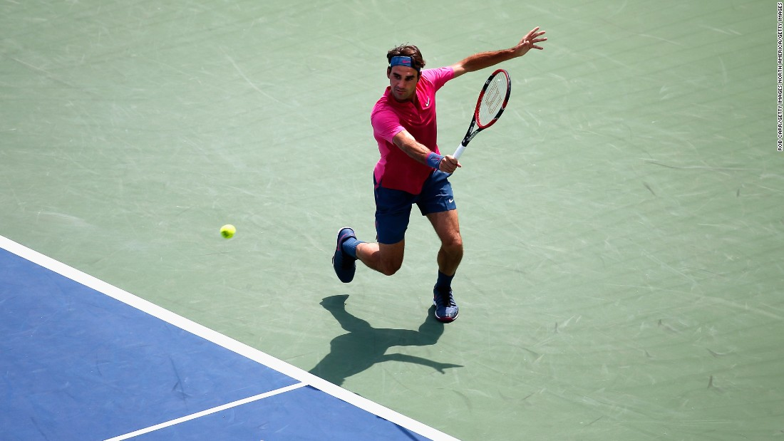 Federer started strongly in the afternoon heat and wore Djokovic down to to take the first set after a tie-break.