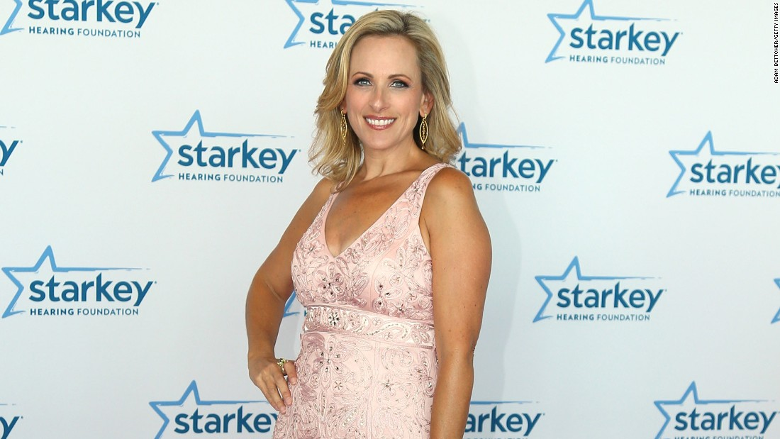 Academy Award-winning actress Marlee Matlin is a stunner. She turned 50 on August 24.