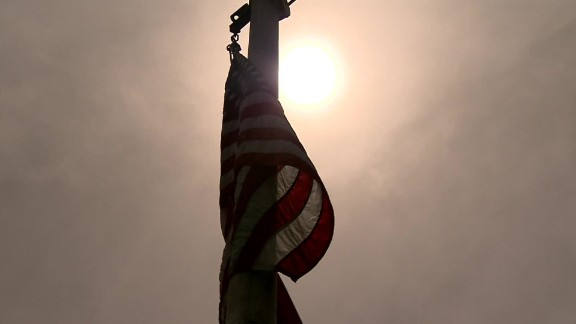 school district bans flags charlotte tennessee dnt_00000629.jpg