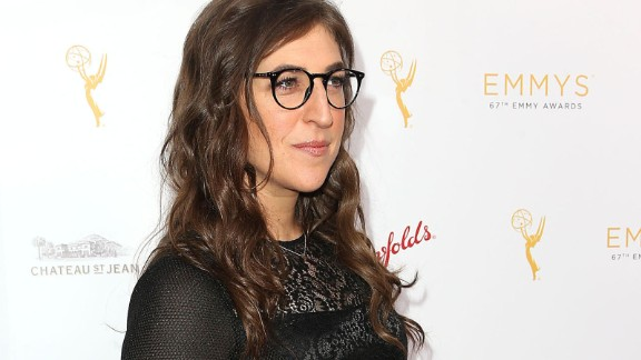 """""""Big Bang Theory"""" star Mayim Bialik studies Jewish texts, shuts down her social media during the Sabbath and believes in practicing modesty. She writes about her beliefs at her site GrokNation."""