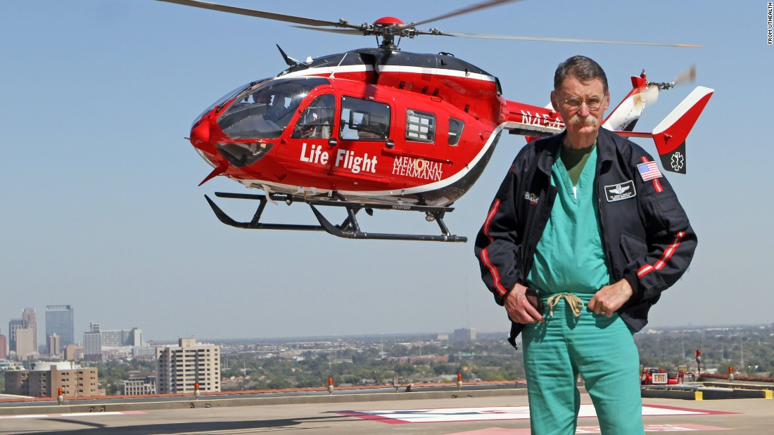 "<a href=""http://www.cnn.com/2015/08/25/us/dr-james-red-duke-obituary/index.html"">Dr. James ""Red"" Duke Jr.</a>, the Texas surgeon who educated television viewers about health care, helped pioneer Life Flight and was on duty at Parkland Hospital after President John F. Kennedy was assassinated, died August 25, at the age of 86."