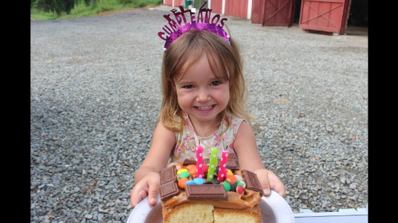 Carmin celebrated her third birthday in Armenia, Colombia.