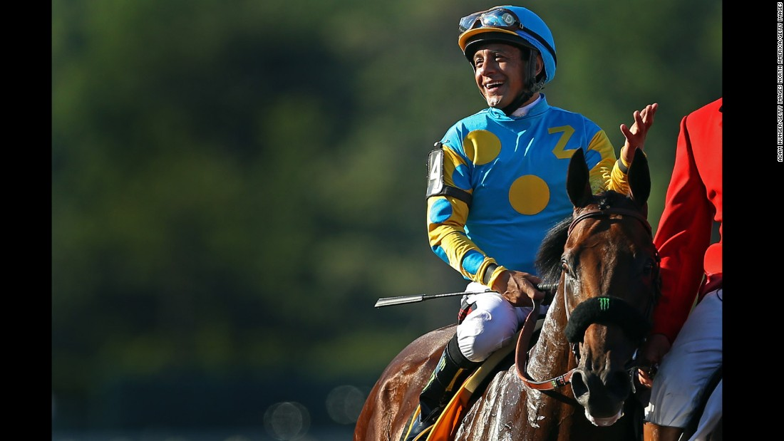 "Jockey Victor Espinoza rode American Pharoah to a Triple Crown victory this year, <a href=""http://edition.cnn.com/2015/06/06/us/belmont-stakes-american-pharoah/"">the first Triple Crown winner since 1978. </a>But the jockey couldn't dance his way to victory with a human partner. He was eliminated in week two of the show."