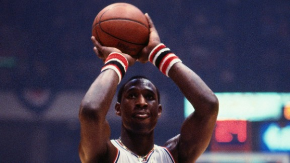 Longtime NBA center Darryl Dawkins, perhaps best known for his emphatic slam dunks, died August 27 at the age of 58.