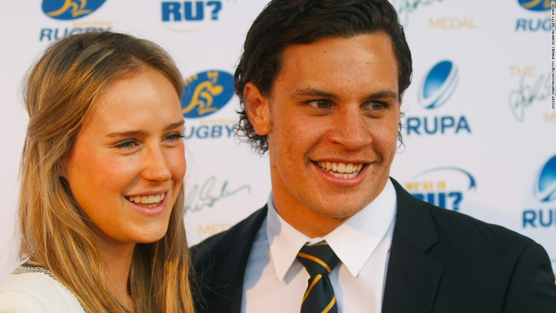 In August 2014, Perry announced her engagement with Australia rugby international Matt Toomua.