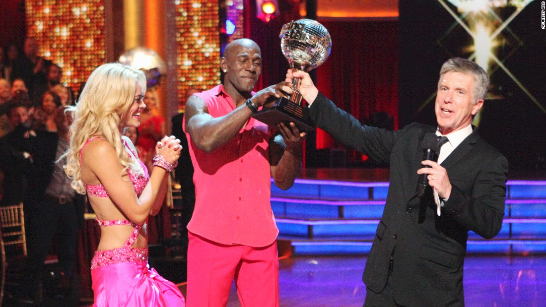 "Retired Green Bay Packers wide receiver Donald Driver and pro dancer Peta Murgatroyd were crowned the ""Dancing With the Stars"" season 14 champions."