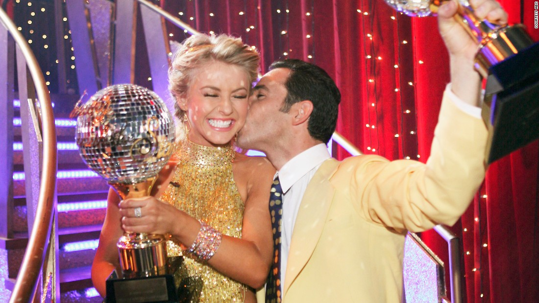 "<a href=""http://edition.cnn.com/2015/05/15/motorsport/castroneves-indy-500-crash-motorsport/"">Three-time Indianapolis 500 Champion Helio Castroneves</a> and pro dancer Julianne Hough, Derek's sister, were crowned season 5 champions. (He won his third Indy 500 race in 2009, two years after winning the reality show competition.)"