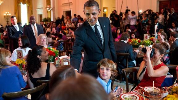 "President Barack Obama drops by the 2012 kids' ""state dinner."""