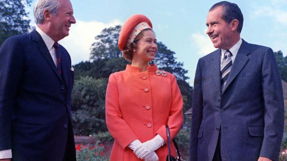 "Richard Nixon: Nixon met Queen Elizabeth at Buckingham Palace shortly after becoming the 37th US President in 1969. The Queen prepared signed photographs of herself and Prince Philip as a small memento of the meeting. Nixon also brought a signed headshot. ""I didn"