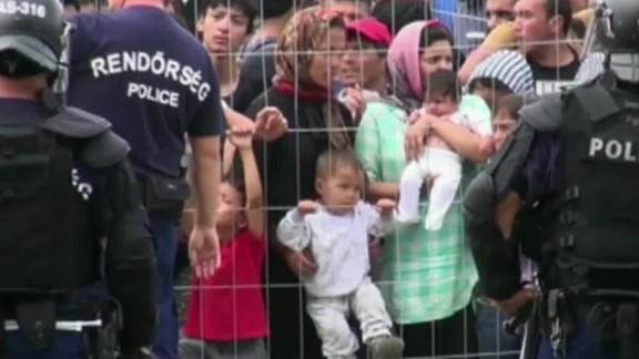 migrant crisis dnt todd tsr_00010225.jpg