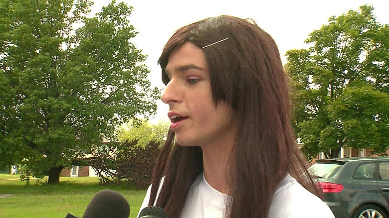 Bathroom Access For Transgender Teen Divides Town Cnn