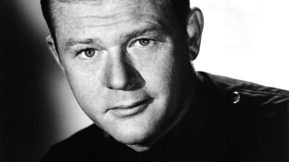 Martin Milner, who starred in the hit