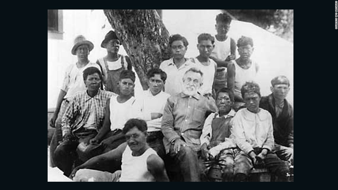 kalaupapa men Frequently asked questions  this group contained three women and nine men  what churches were represented at kalawao and kalaupapa.