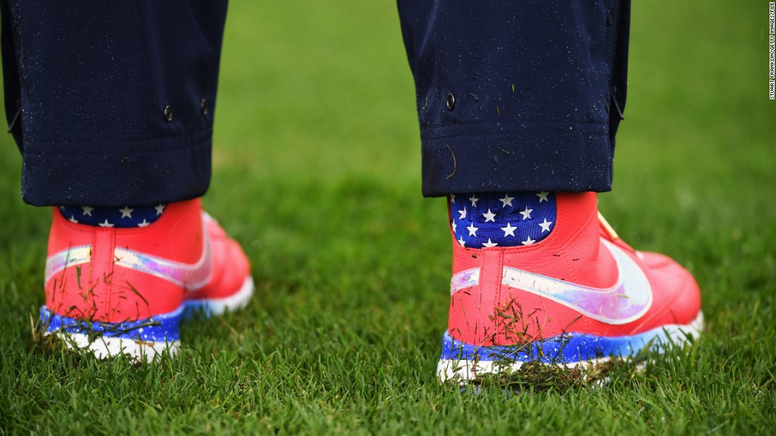 Though there might be less in the way of face paint, 2014 U.S. Open champion Michelle Wie is still determined to fly her colors with these snazzy golf shoes.